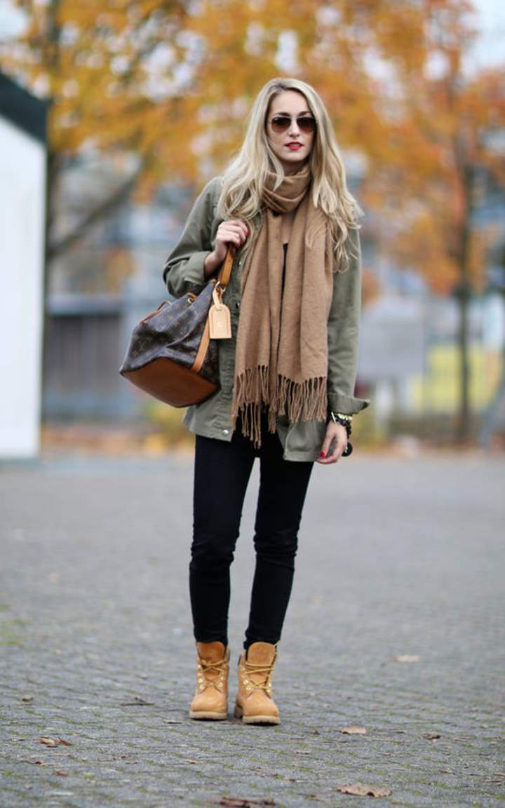 how to wear green timberlands