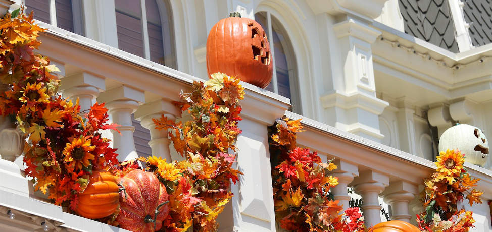 DIY Halloween decorations for your garden and front porch (part 1)
