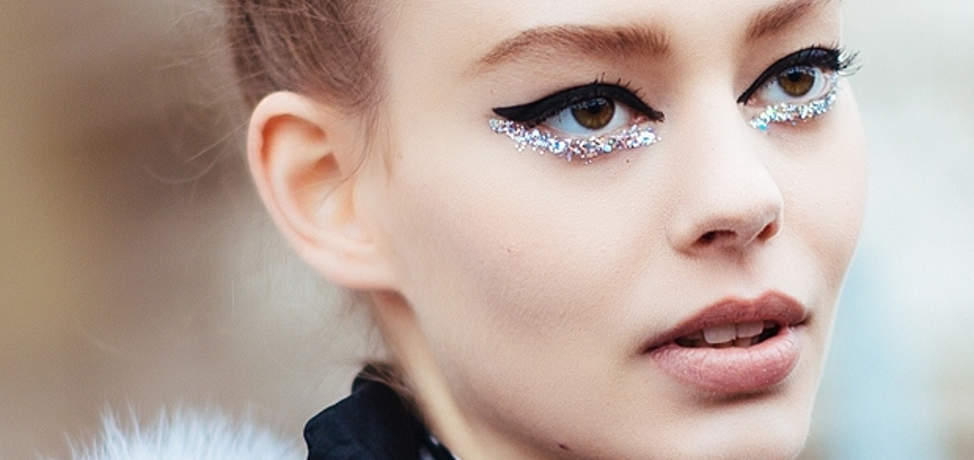 Glitter makeup ideas to try in 2016