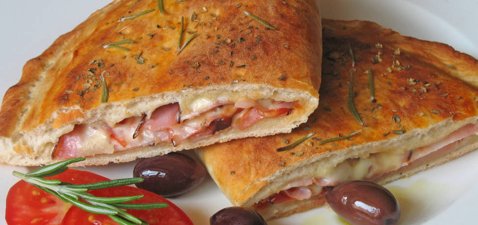The delicious ham and cheese calzone recipe you must try today
